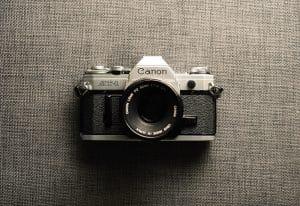دوربین قدیمی کنون