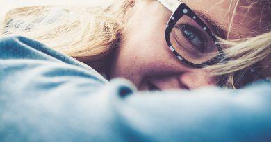 شاد بودن برای افراد درونگرا